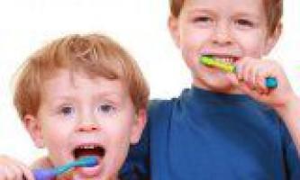 Порожнина рота маленької дитини